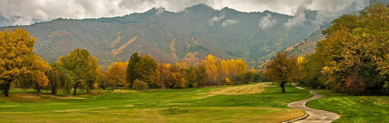 The course has a magnificent look in Autumn.